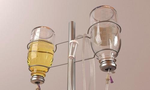 При уменьшении болей пациенту назначается парентеральное питание путем ввода веществ внутривенно