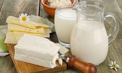 Молочные продукты при панкреатите сложно заменить, так как в них есть необходимые организму человека вещества. Но употреблять их надо осторожно, строго соблюдая дозировки