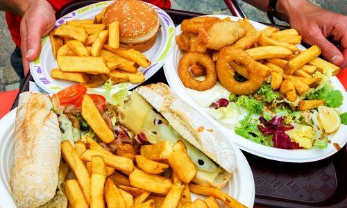 Панкреатит может развиться и из-за неправильного питания