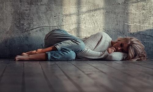 Побочная симптоматика препарата может выражаться через депрессивное состояние